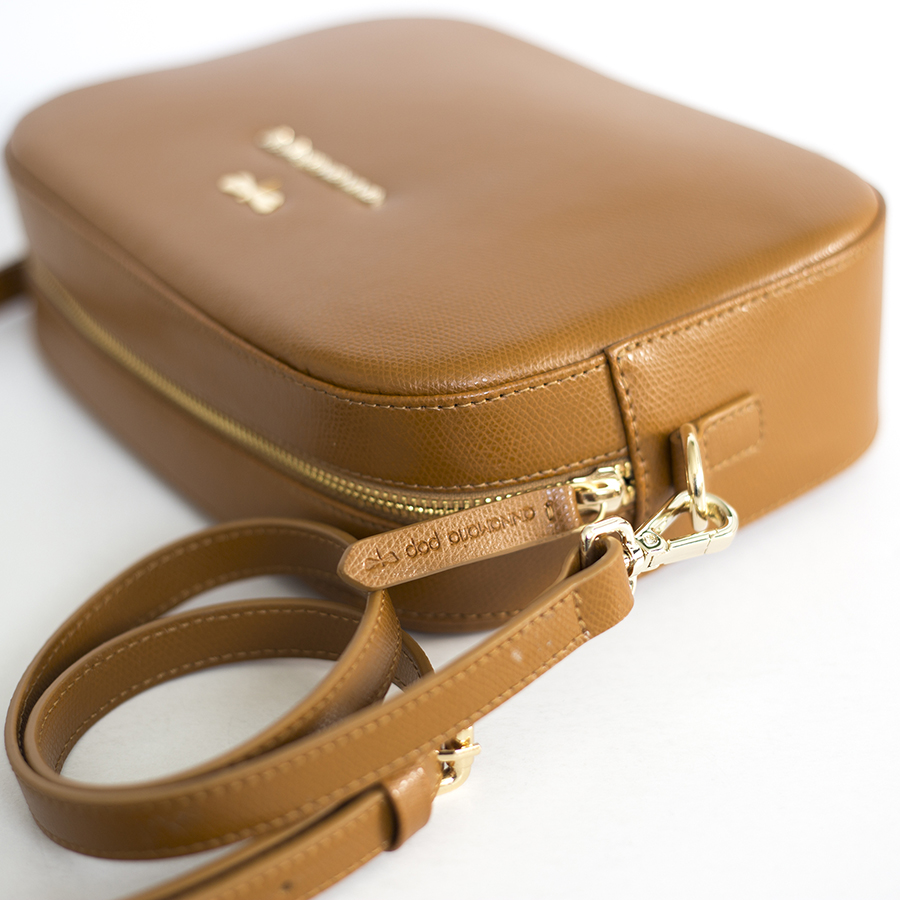 KAREN Cinnamon leather bag