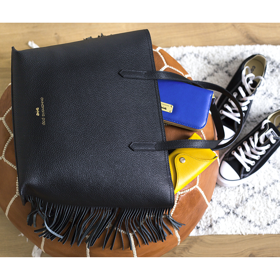 LUCY Black leather bag