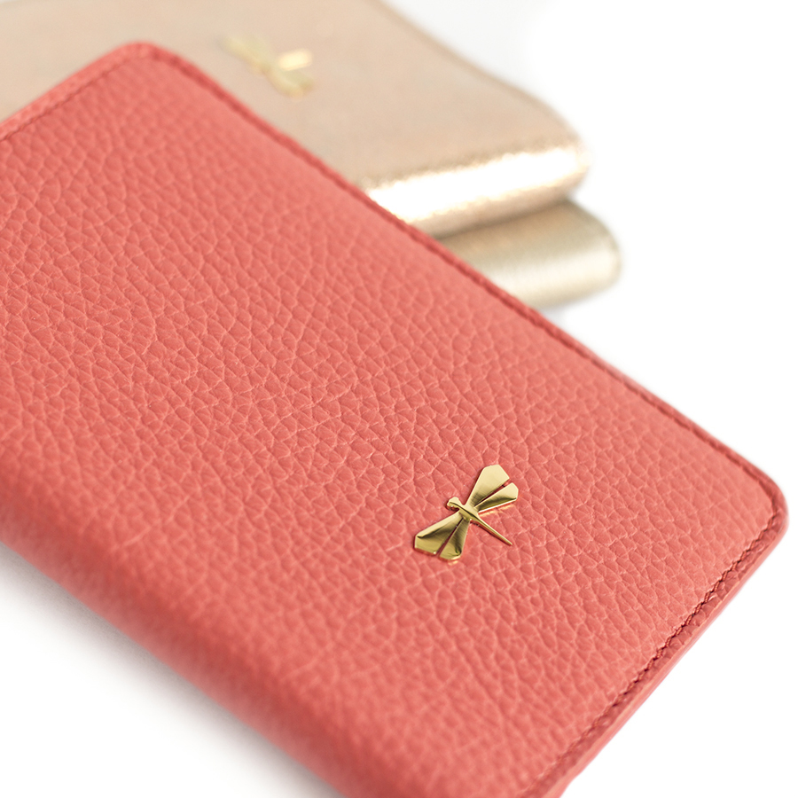 MONA Coral leather case