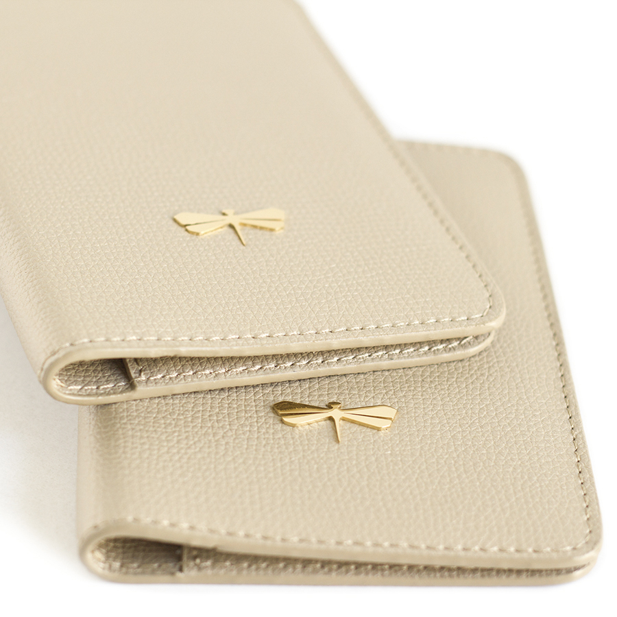 MONA Champagne leather case