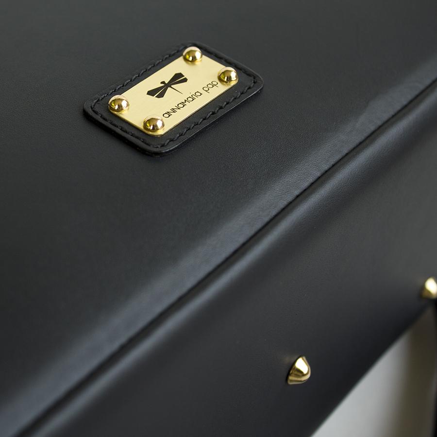 LUCILLA Black leather handbag